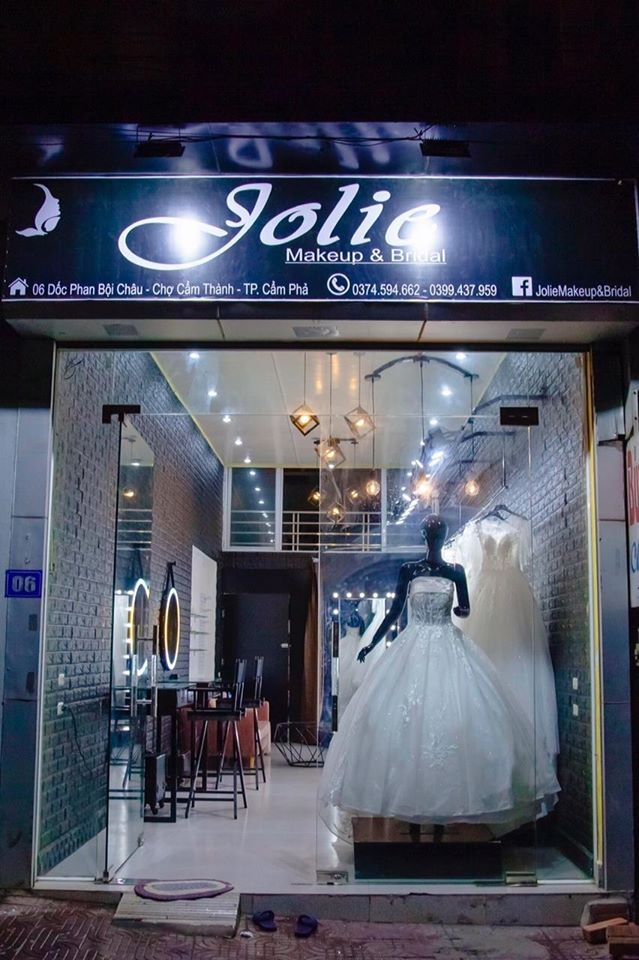 Jolie Makeup & Bridal