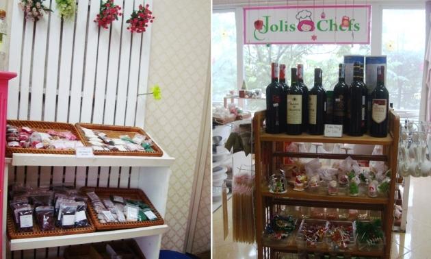 Những mặt hàng được bày bán tại Jolis