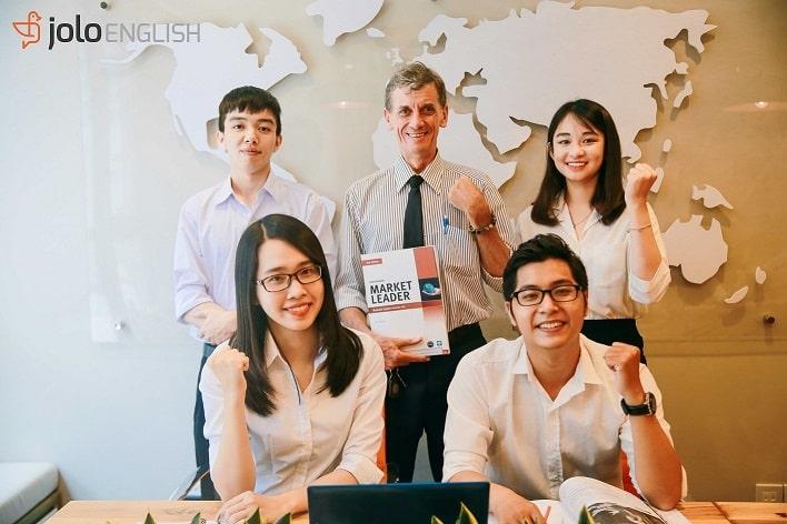 Đội ngũ giảng viên JOLO English