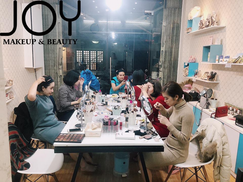 JOY MAKEUP & BEAUTY