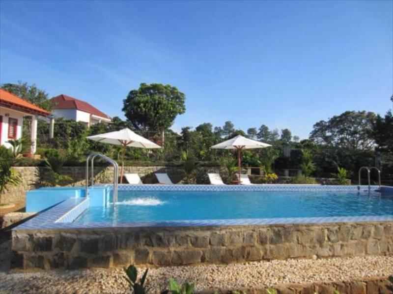 Julliets Villa Resort