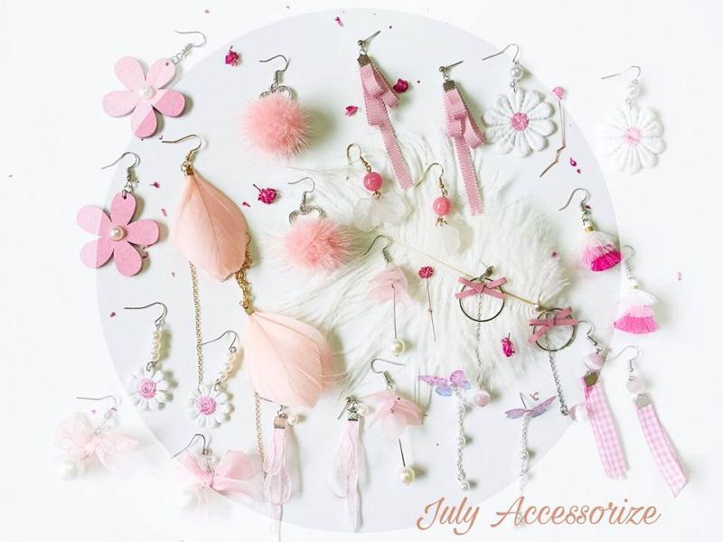 July Accessorize