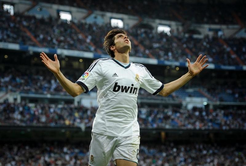 Kaká: Milan sang Real Madrid, 2009 giá 56 triệu bảng Anh