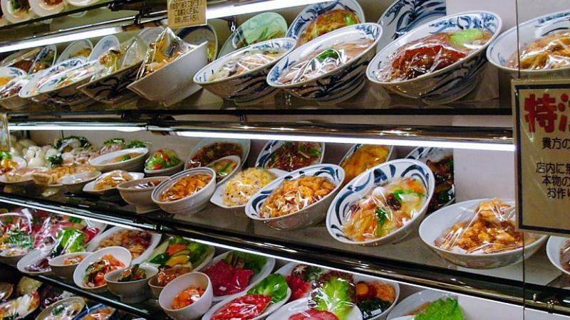 Mô hình thức ăn giả ở Kappabashi-dori