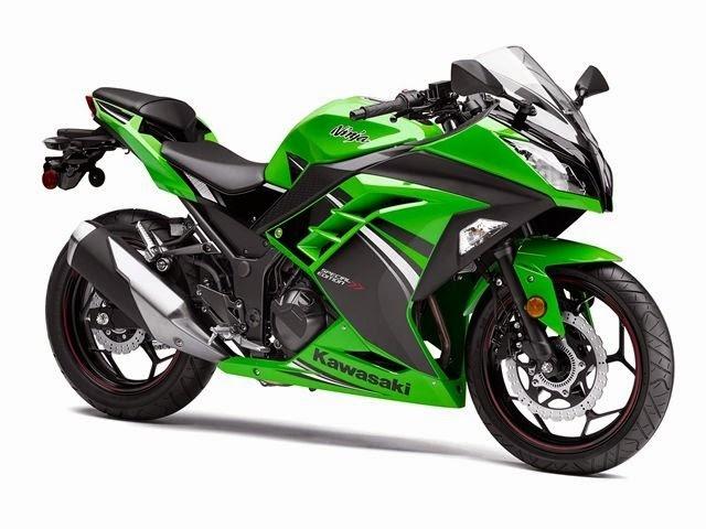 Kawasaki Ninja 300 giá 196 triệu đồng tại Việt Nam