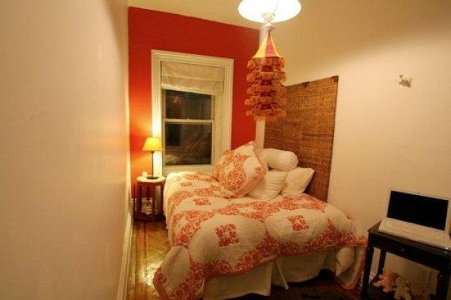 Kê giường sát tường