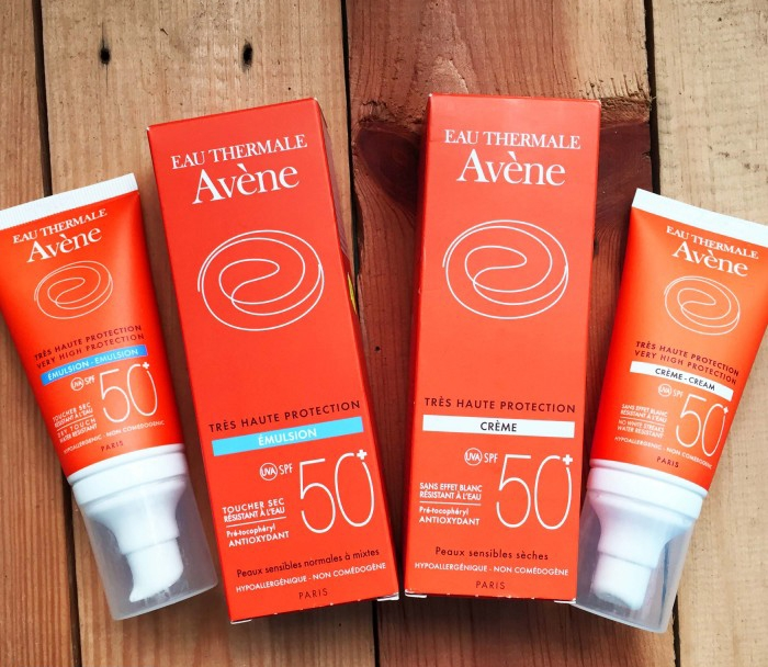 Kem chống nắng Avene Very High Protection Emulsion Spf 50+