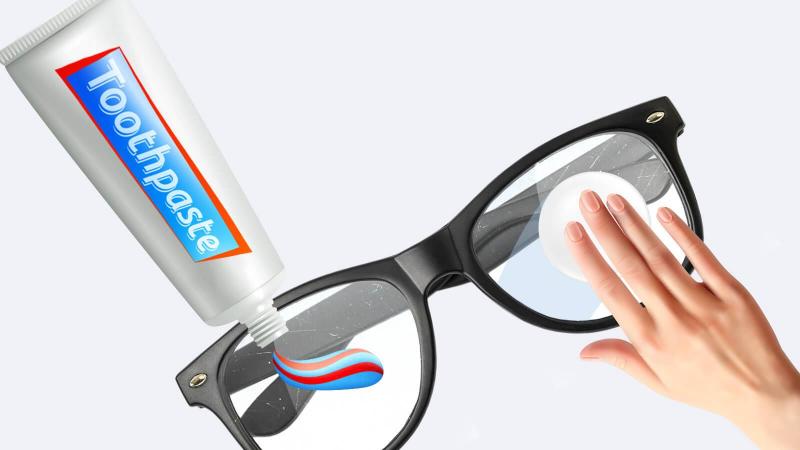 Kem đánh răng có thể làm bóng kính mắt