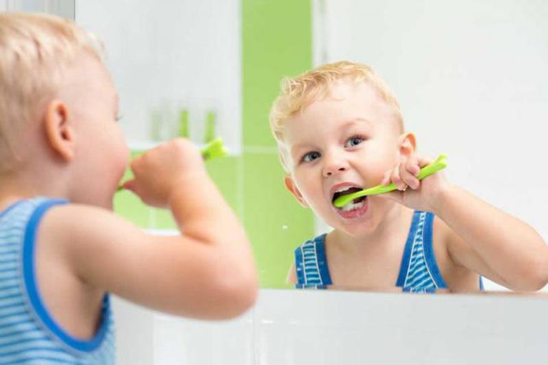 Top 8 kem đánh răng nuốt được cho bé an toàn, chất lượng nhất hiện nay