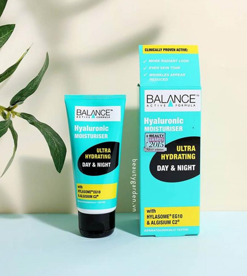 Kem dưỡng ẩm Balance Active Fomula Hyaluronic Moisturiser Ultra Hydrating