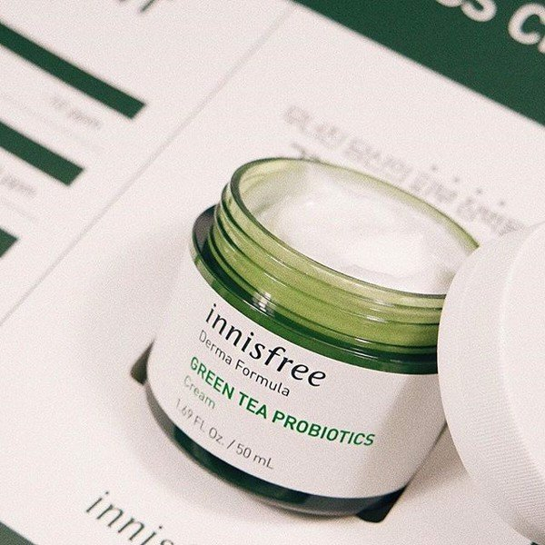Kem dưỡng ẩm phục hồi da Innisfree Derma Formula Skin Barrier Cream