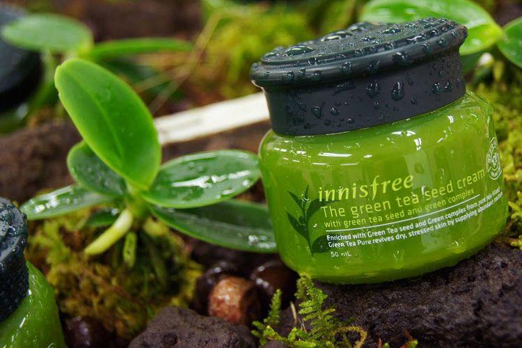 Kem dưỡng da chiết xuất trà xanh tự nhiên INNISFREE