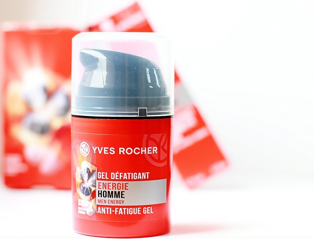 Kem tẩy tế bào chết dành cho nam Energie Homme Yves Rocher