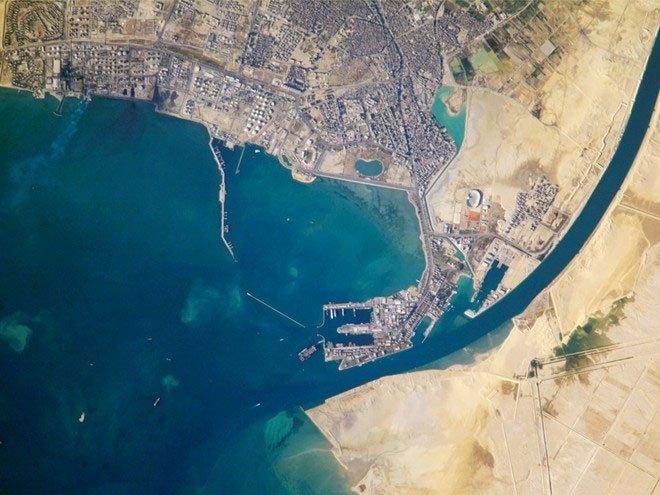 Kênh Suez nhìn từ trên cao