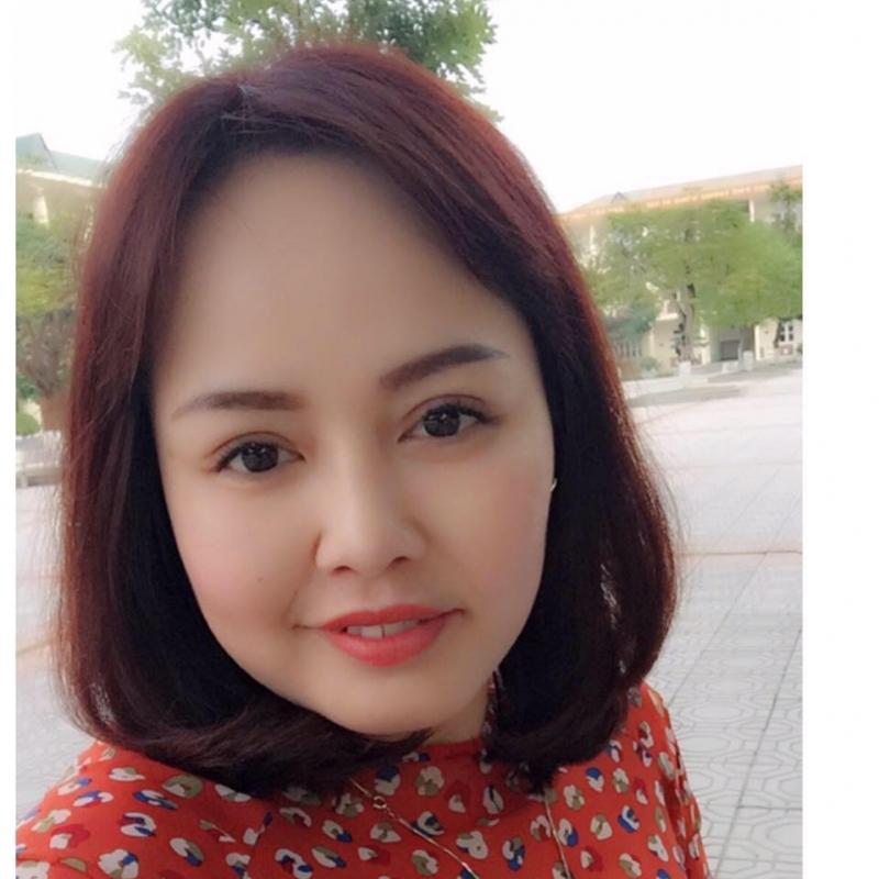 Chị Thảo Lê - chủ cửa hàng