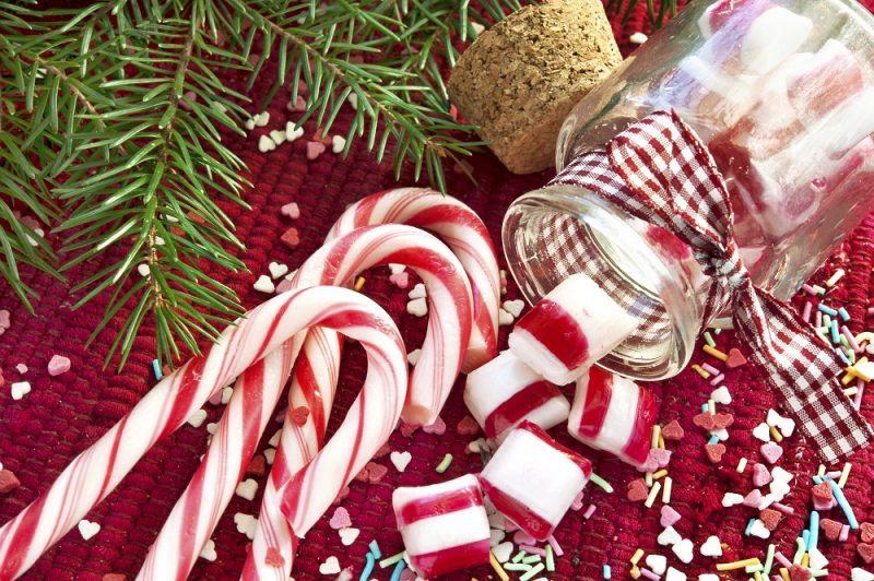 Kẹo que bạc hà Noel