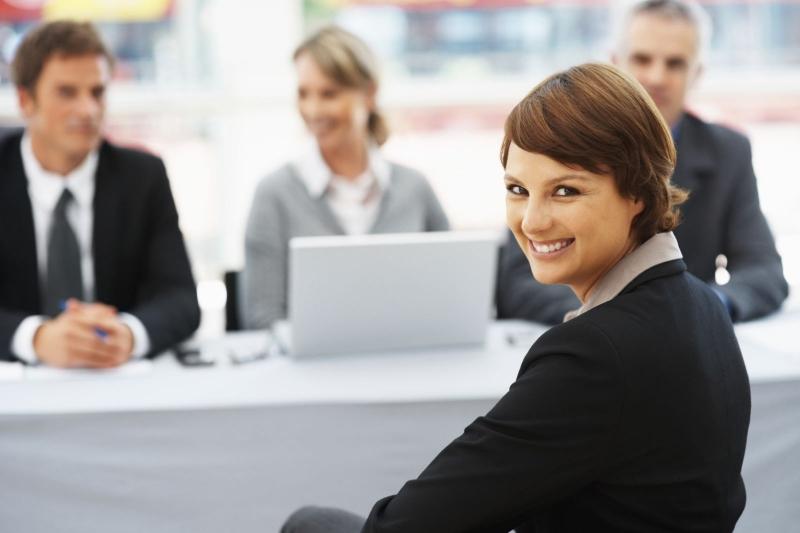 Kết thúc phỏng vấn bạn nên mỉm cười và nói cảm ơn