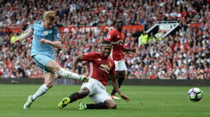 De Bruyne thi đấu rất hay trong màu áo Manchester City
