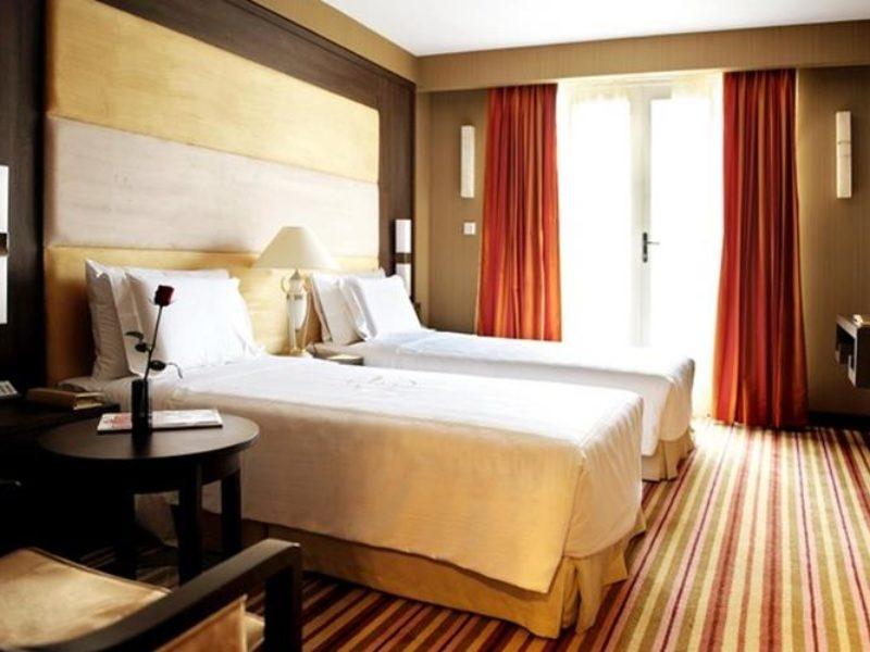 Phòng nghỉ của khách Sạn Silk Path Hà Nội