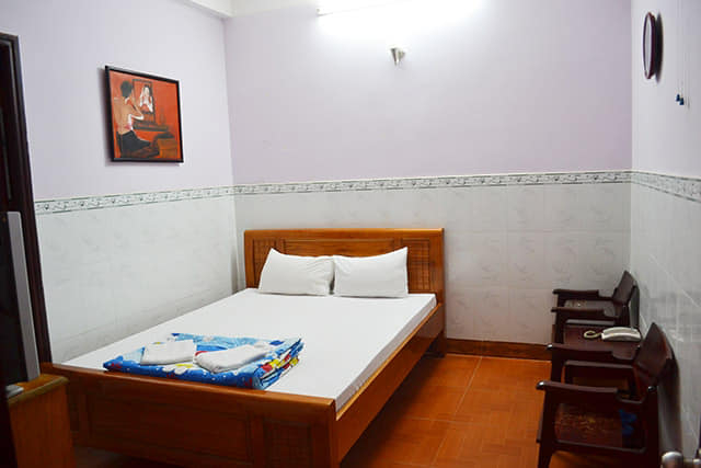 Rooms at Anh Quan are close, friendly and clean