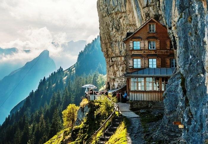 Khách sạn Ascher Cliff