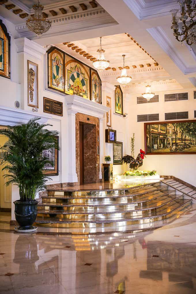Khách sạn Cửu Long (Majestic Hotel)
