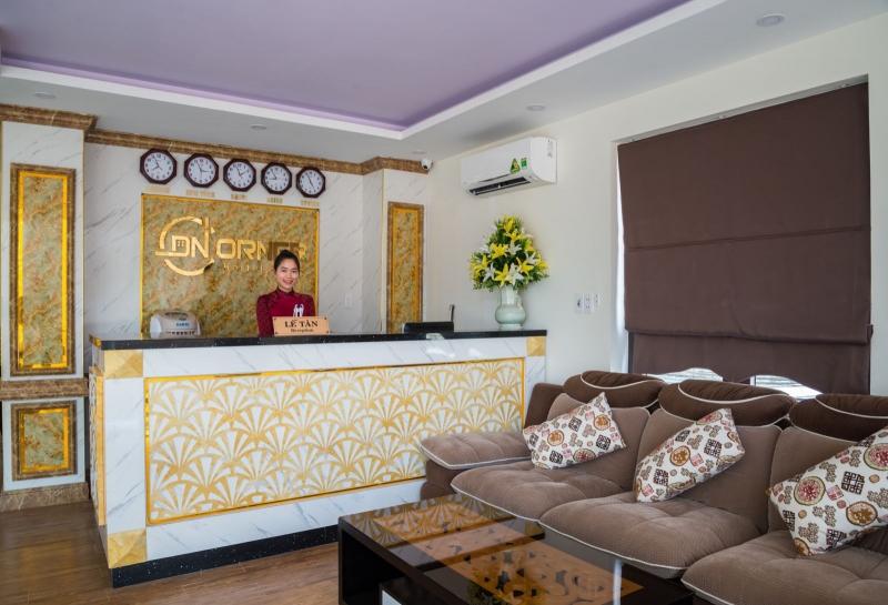Khách sạn Danang Corner Hostel tọa lạc ngay vị trí gần những bãi biển đẹp nhất thành phố Đà Nẵng