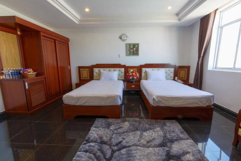 Duc Long Hotel 2