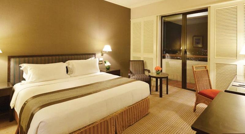 Phòng tại khách sạn Equatorial