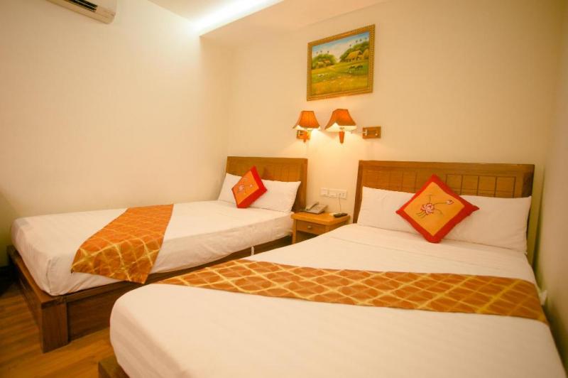 Rooms at the Hoang Hai hotel