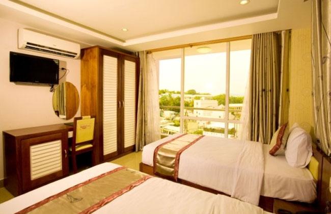 Khách sạn Hồng Ngọc