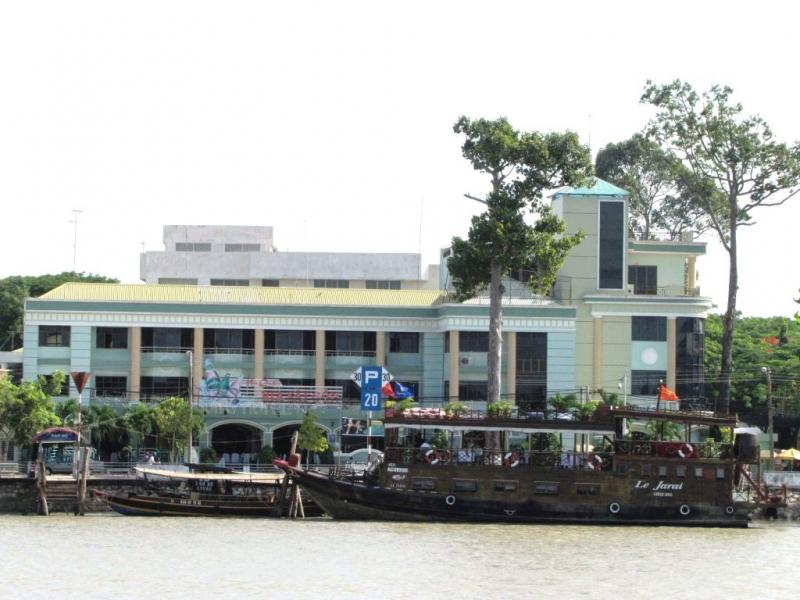 Top 10 kh ch s n n i ti ng nh t t i b n tre for Jardin du mekong homestay