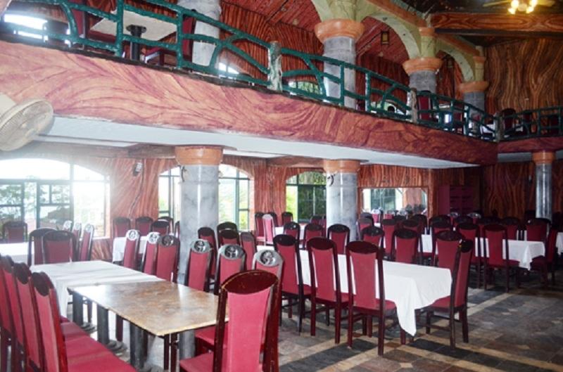 Phòng ăn của khách sạn