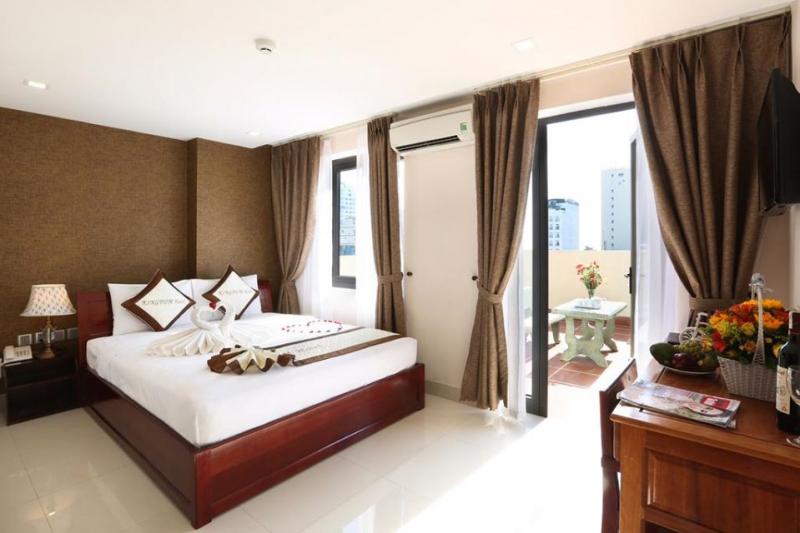 Khách Sạn Kingdom Hotel