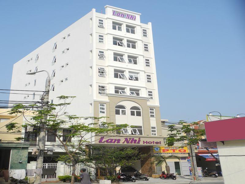 Khách sạn Lan Nhi, tọa lạc tại khu vực Phước Mỹ, là lựa chọn nổi tiếng dành cho khách du lịch