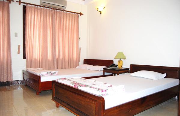 Khách sạn Linh Giang 1