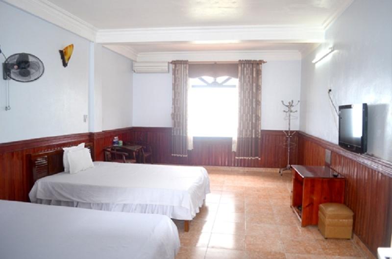 Giá phòng của khách sạn phù hợp với sinh viên, các phượt thủ