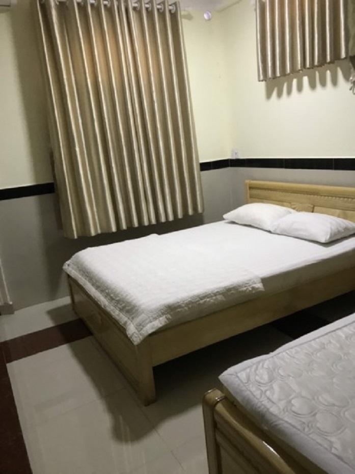 Khách sạn Nguyệt Anh