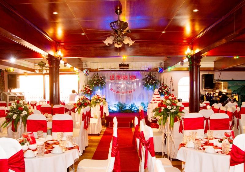Khách sạn nhà hàng Cà Ty