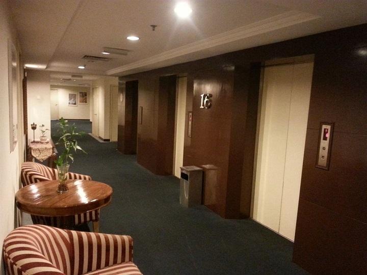 Lời khuyên dành cho bạn là nên chọn những khách sạn, nhà nghỉ có giao thông thuận lợi và an ninh tốt cùng với chất lượng dịch vụ đảm bảo