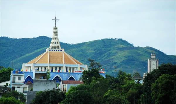Top 10 khách sạn nổi tiếng nhất ở Bảo Lộc, Lâm Đồng