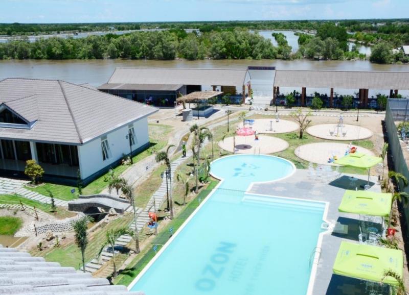Không gian bên trong khách sạn Ozon Hotel