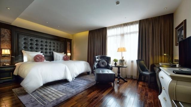 Phòng ngủ được thiết kế rất tiện nghi và sang trọng