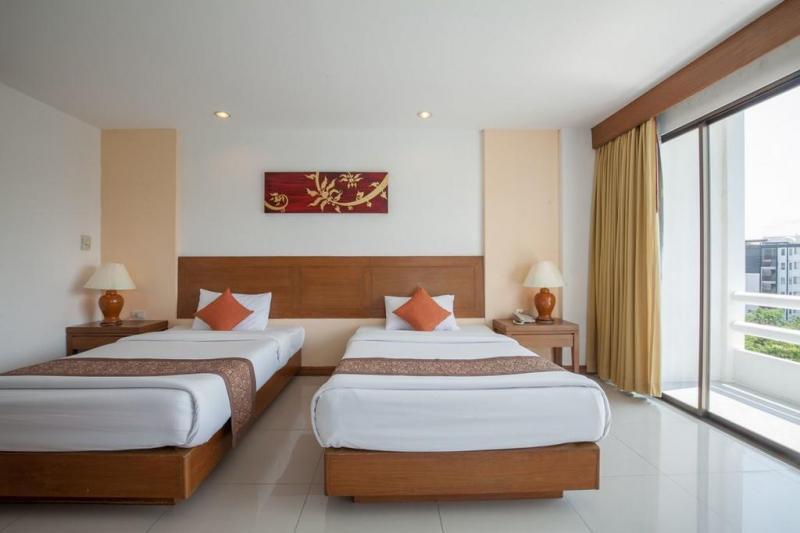 Room space at Royal Palace Hotel