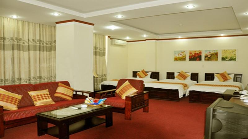 Phòng nghỉ tại Khách Sạn Sao Đỏ