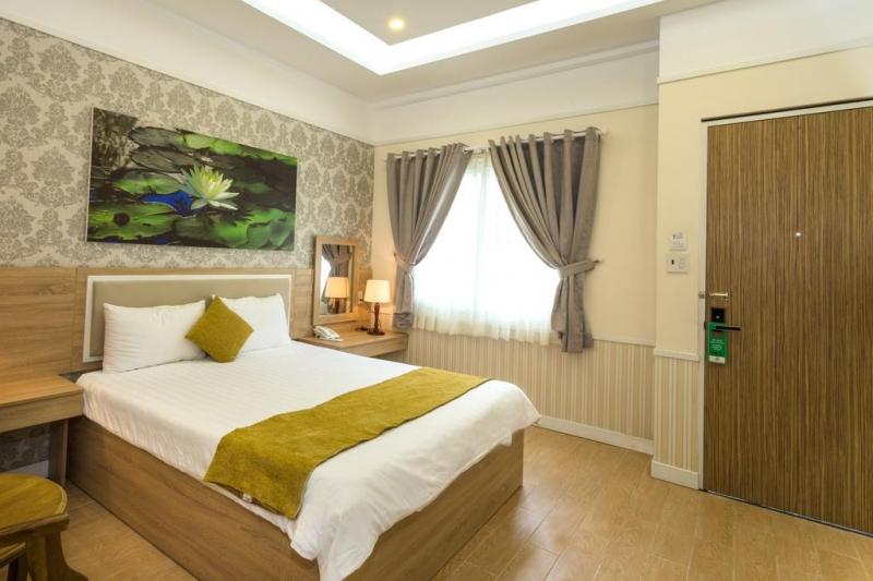 Khách sạn Sao Vàng