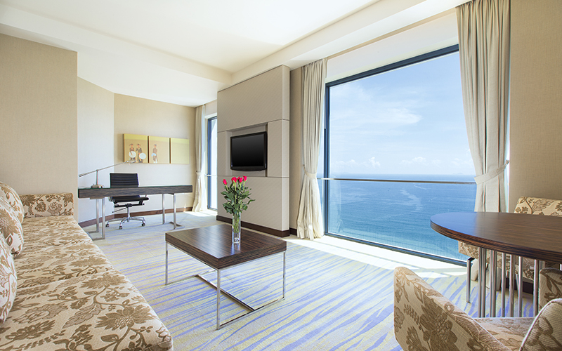 Modern rooms, sea view