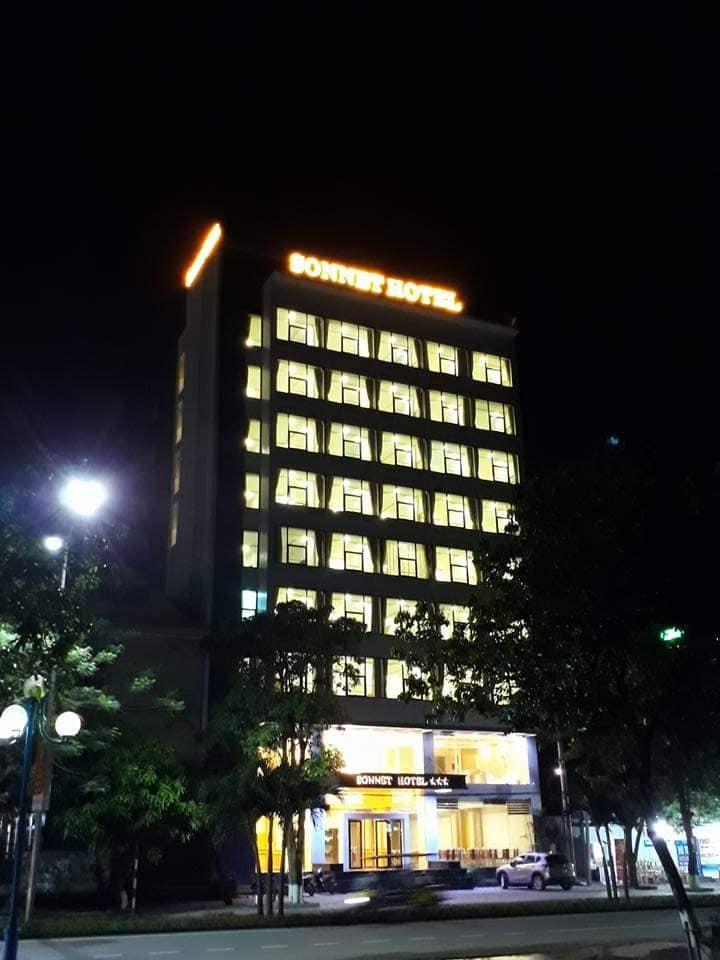 Khách sạn SonNet Cửa Lò