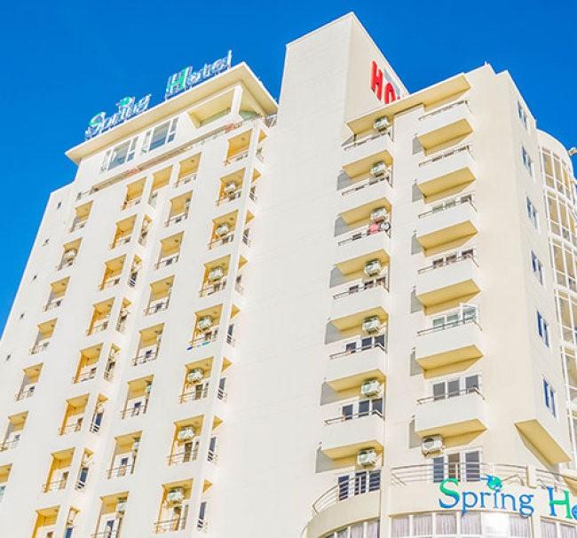 Khách sạn Spring