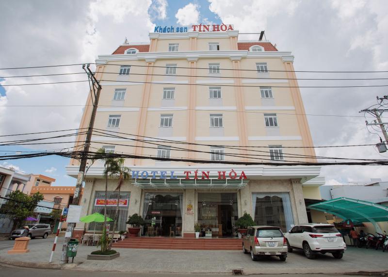 Khách Sạn Tín Hòa